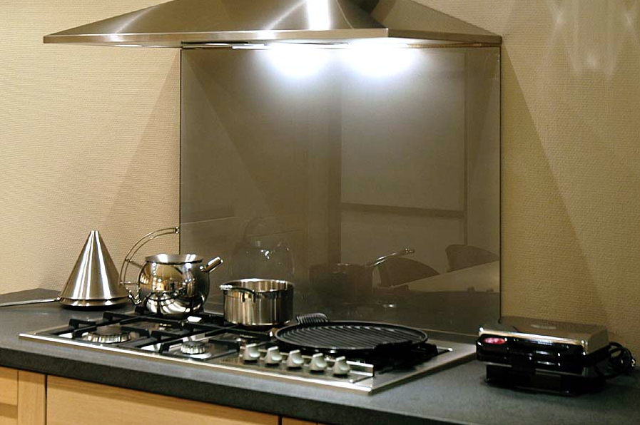 Glazen Achterwand Keuken Monteren : Glazen achterwand – Wenthec Glas